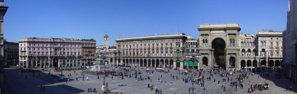 Piazza_Duomo_Milan